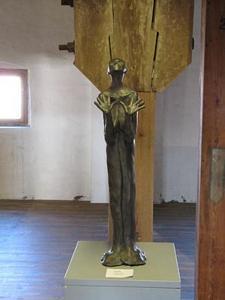 Zweifel<br />Bronze  (2008)<br />16 x 60 x 15